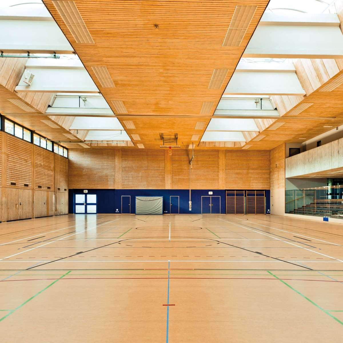 Ablachhalle/Sporthalle | Mengen • Standard-Baubreiten von 1,50 bis 6,00 Meter in jeder beliebigen Länge sorgen für flexible Einsatzmöglichkeiten.